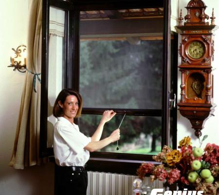 Retractable Cascade Window Screens Work on Double Casement Windows