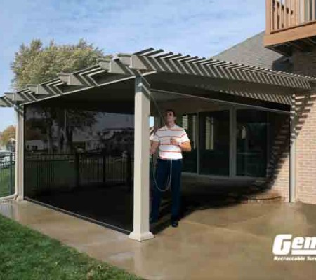Olympic Retractable Screens Work on Your Pergola