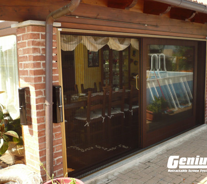 ZigZag Retractable Screen Door on Dining Room Slider
